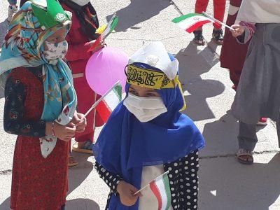 جشن شکوفه ها در شهر دیشموک/امام جمعه: والدین از  تربیت فرزندخود غافل نشوند+تصاویر