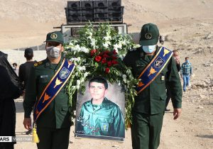 تشییع پیکر شهید بهروز محمدی لندی در ایذه/گزارش تصویری