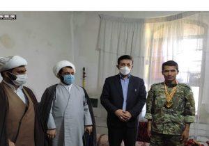 تجلیل از افتخارآفرینی تکاور دهدشتی در مسابقات نظامی جهان