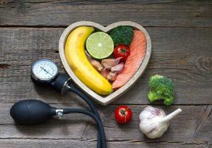 برای کنترل موثر فشار خون، ۷ ماده غذایی را روزانه مصرف کنید